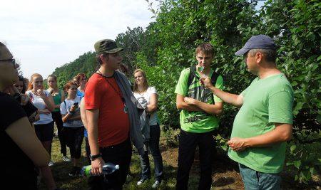 Žáci navštívili vrámci exkurze dva významné pěstitele